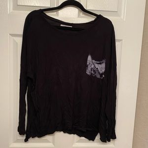 Abercrombie & Fitch black long sleeved shirt